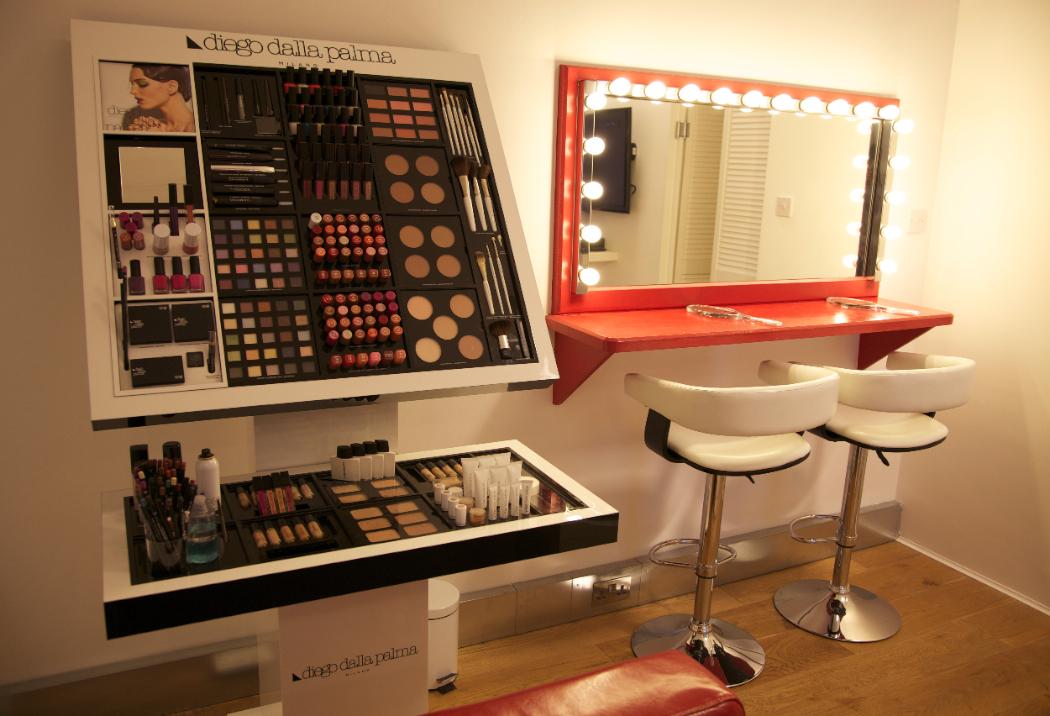 Makeup Ideas 187 Makeup Stand Beautiful Makeup Ideas And